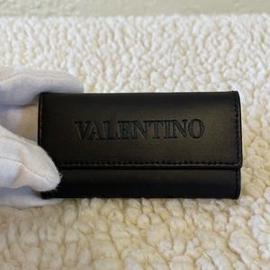 VALENTINO unisex black leather key holder